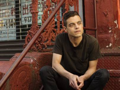 {VIDEO} Team SG Explains Internet Boyfriends: Rami Malek